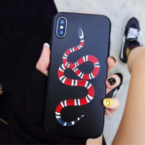 iPhone X / XR / XS / XS MAX Luxury Snake Case NWT